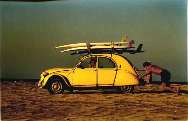 free-wallpaper-desktop-wallpaper-car-rougerouge